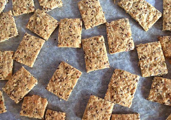 lchf keto banting delicious healthy crackers made in minutes